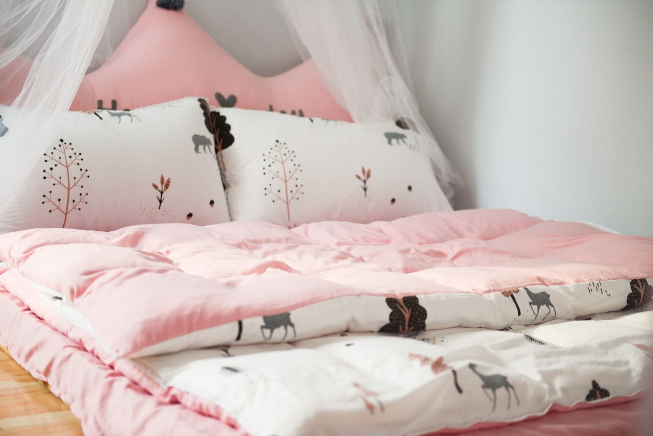 Rosa Bettwäsche für Frauen und Mädchen.