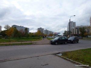 Back out of town - near my Primorskaya school. Bleak.