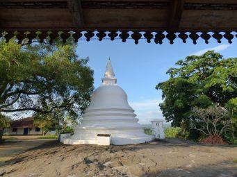 voyage-sri-lanka-temple-lankathilaka-09