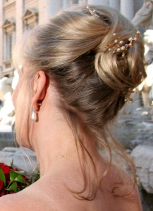 Bridesmaid Duties And Fashion In Ancient Roman And Modern