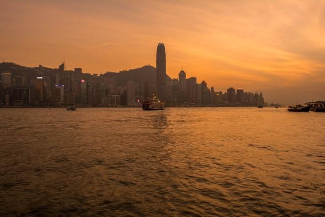 Sonnenuntergang vom Victoria Harbour aus
