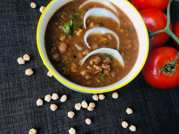 Chana Masala/White Chickpeas Gravy