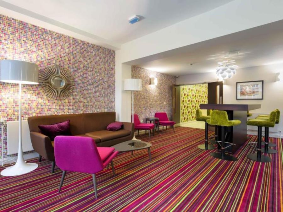 Safestay Holldan Park Hostel in London