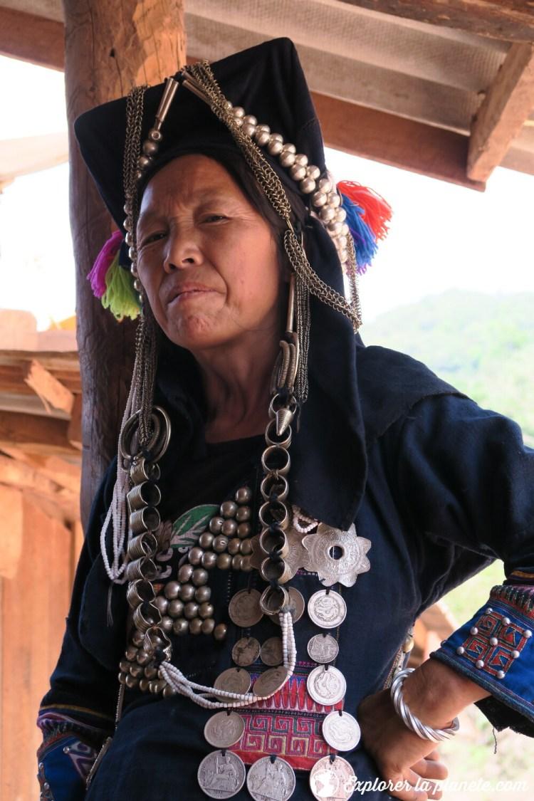 Femme Akha dans la région de Ou Tai au Nord du Laos