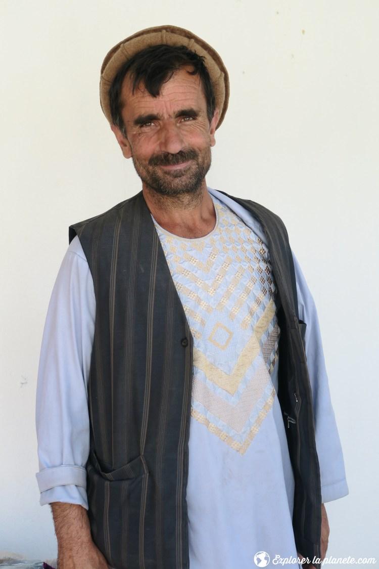 Afghan au marché de Khorog Tadjikistan