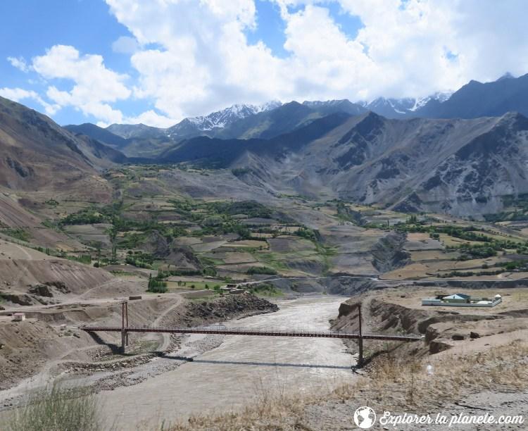 Frontière entre le Tadjikistan et l'Afghanistan.