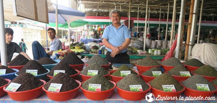 Thé au Green market de Douchanbé Tadjikistan