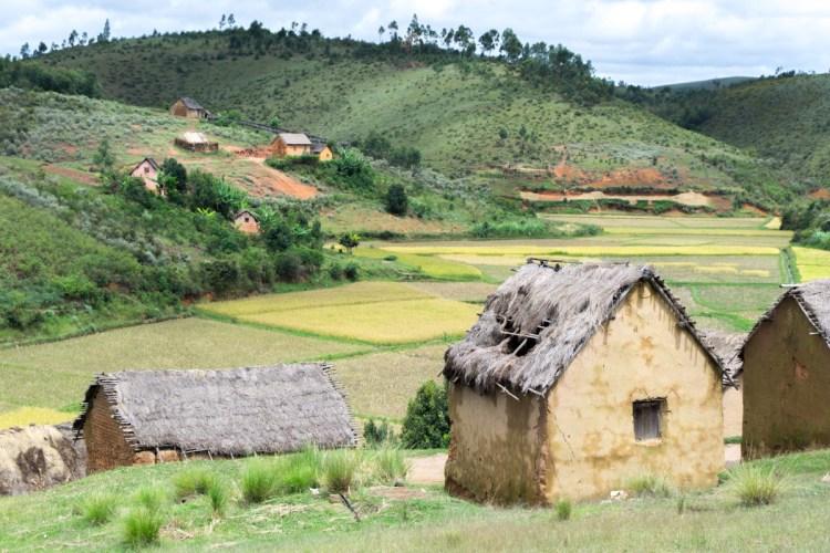 Village malgache à Madagascar destinations en dehors des sentiers battus