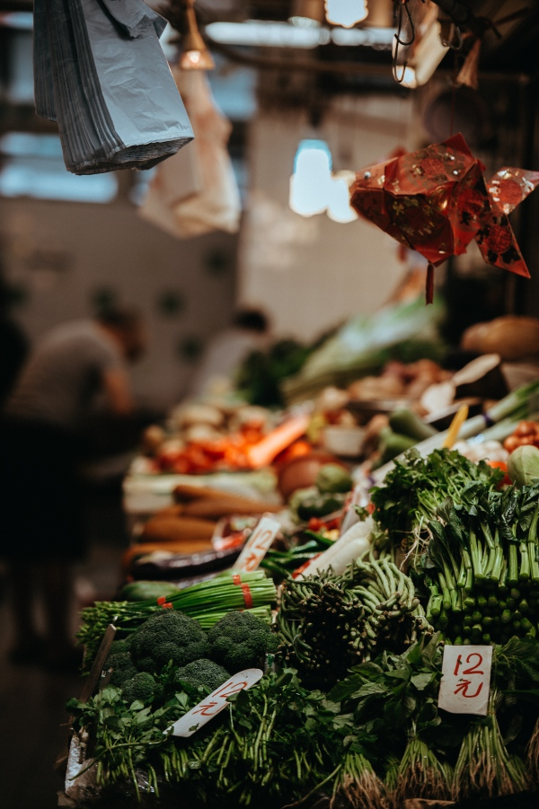 saving tip - buy fresh food on the market