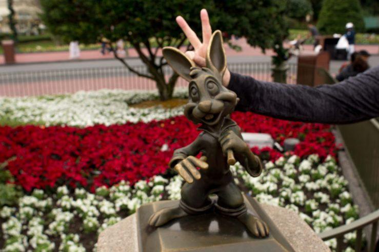 disney-world-christmas-rabbit