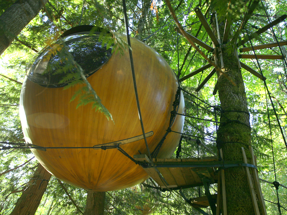 Eve Sphere Treehouse