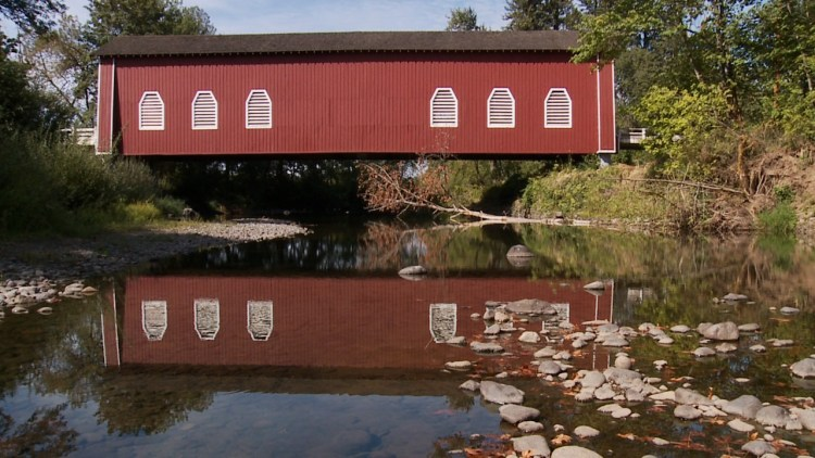 Oregon's Covered Bridge