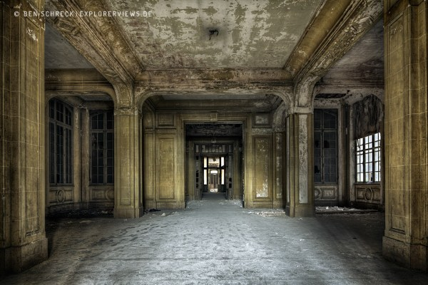 Abandoned Places Le Foyer