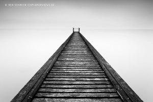 Steg ins Meer Black and White Seascape 0186