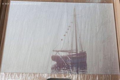 Acrylglas Foto eingepackt