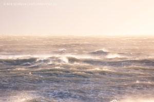 Meer Normandie Morgens bei Sturm