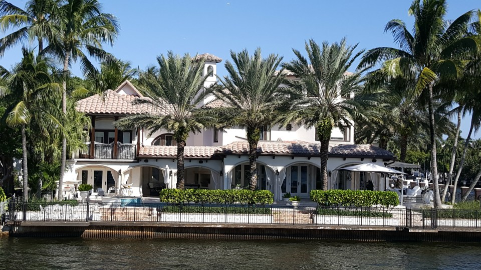 View of mansions on the intercoastal as seen from Carrie b cruise as listed in south Florida for families
