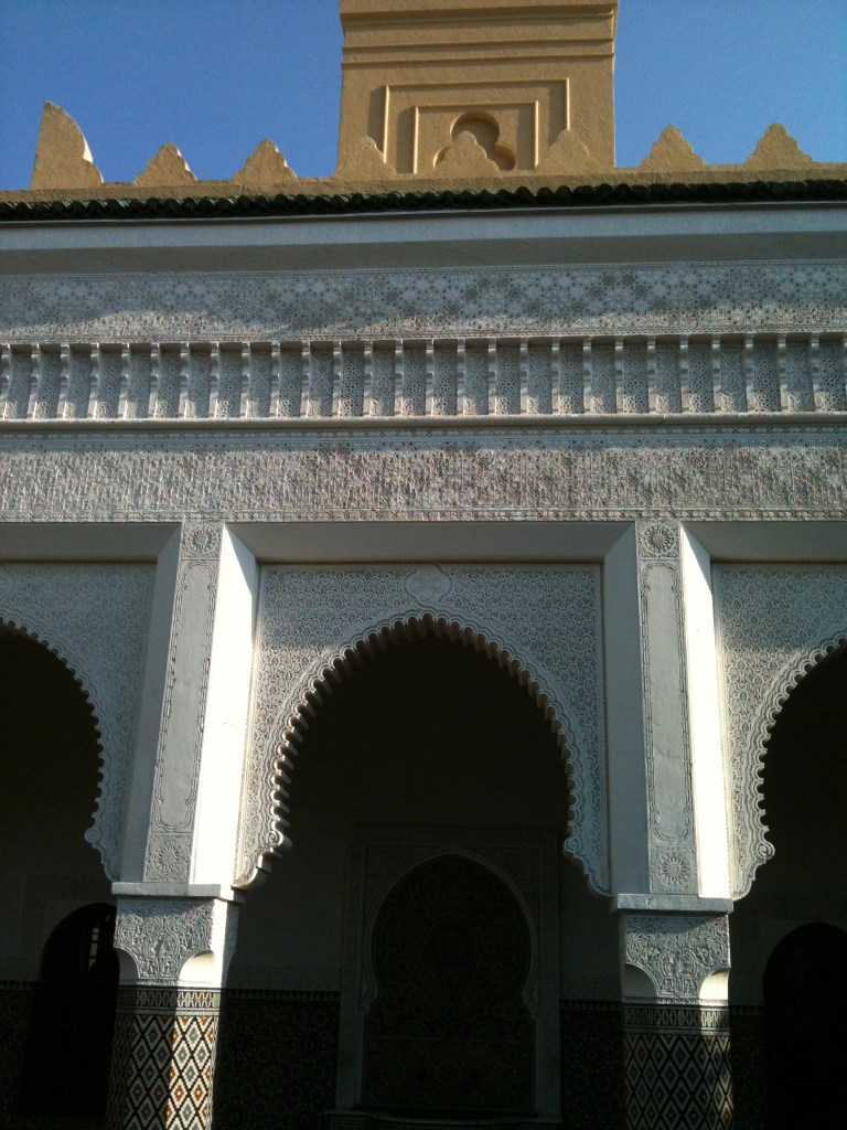 shows moroccan curved arches in Busch Gardens FL