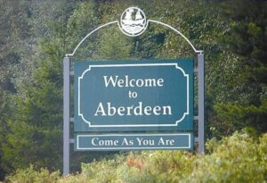 Wiki_Welcome_to_Aberdeen_cropped