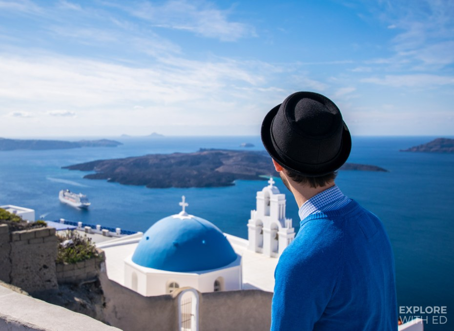 Popular viewpoint in Santorini overlooking the bay