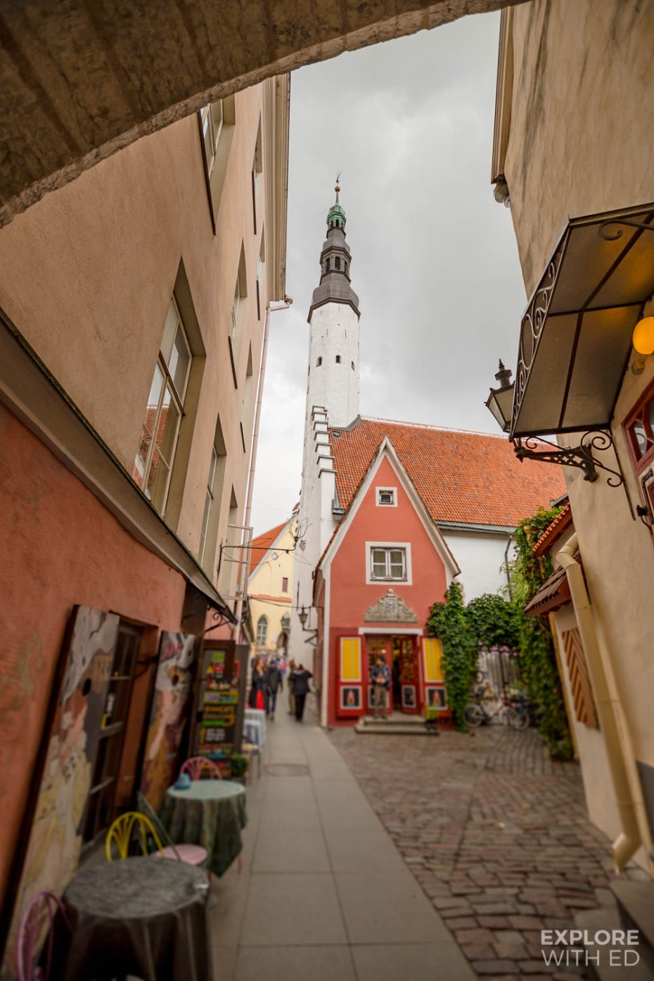 Narrow side streets are one of the most charming places in Tallinn for photography lovers