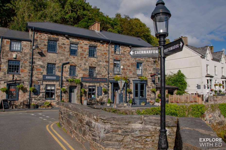 Beddgelert village, places to stay in Snowdonia for walkers