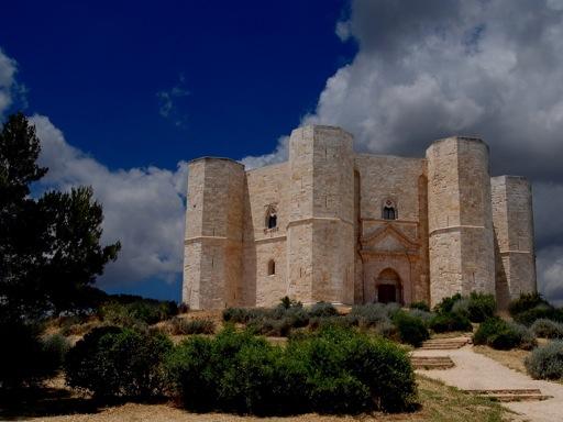 Castles in Italy - Castel del Monte