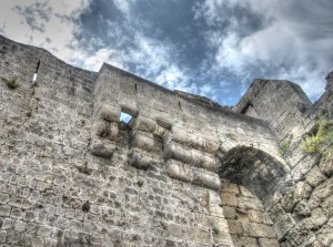 Machicolations – Defending a Medieval Castle with 'Murder Holes'
