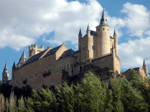 spanish_castles_alcazar_segovia_1.jpg