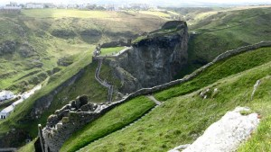 The Mysteries of Tintagel Castle – And Legends of King Arthur