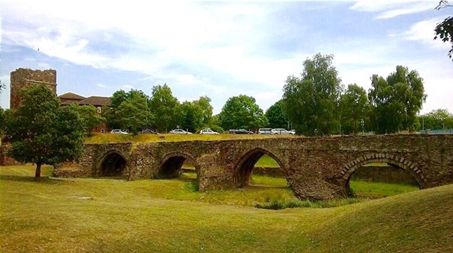 History: Exeter's medieval bridge (By Jamie Ransom) Exploring Exeter