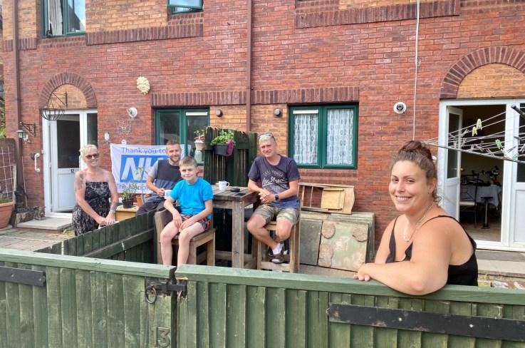 Exeter Lockdown Doorstep Photography 12 Neighbours, exploring exeter 2020