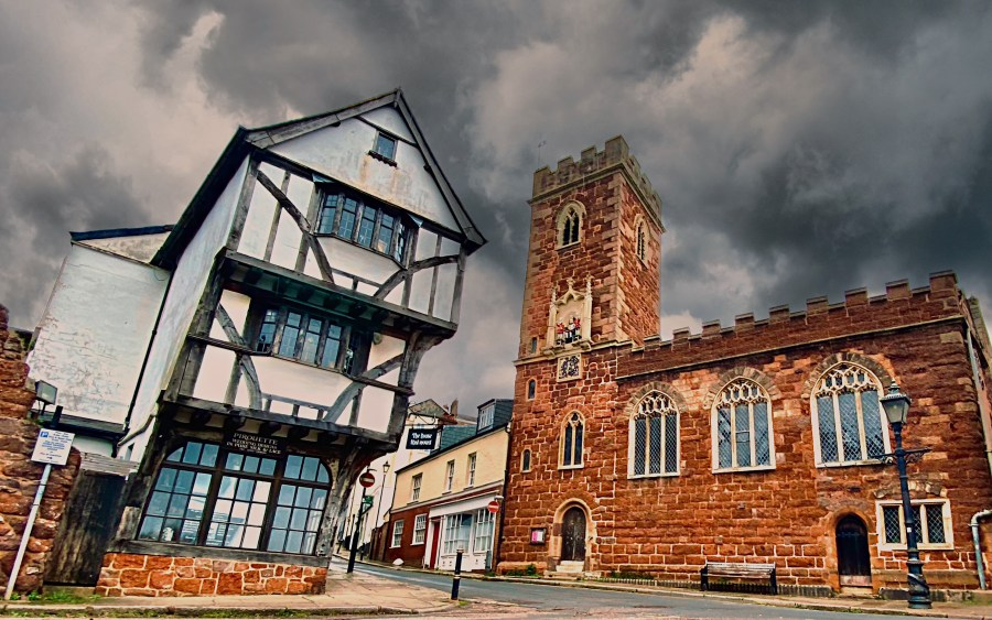 The House that moved, Exeter by bart sadecky polish man in exeter