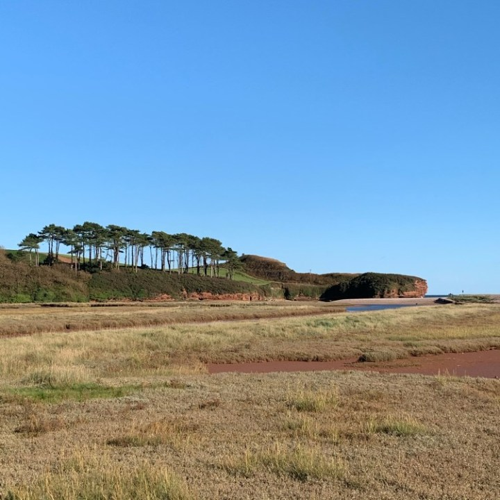 The 5k hike that has it all starts at what is quite possibly the world's most beautiful car park - Lime Kiln.
