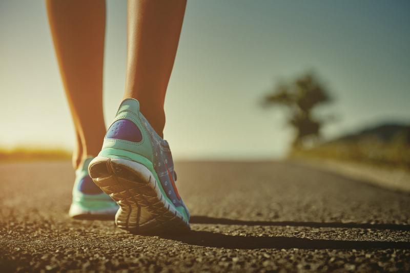 Los beneficios de caminar para la belleza y nuestra salud
