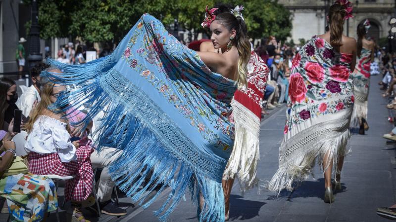 La moda flamenca recupera la ilusión