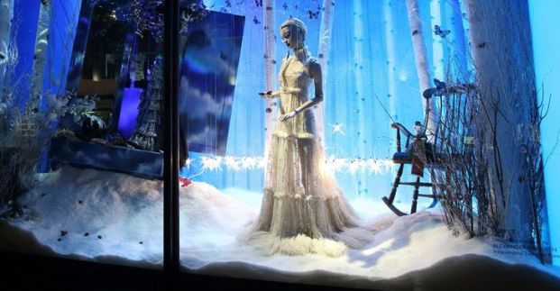730x380_Feature_Christmas_Window_01