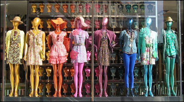 Manequins coloridos