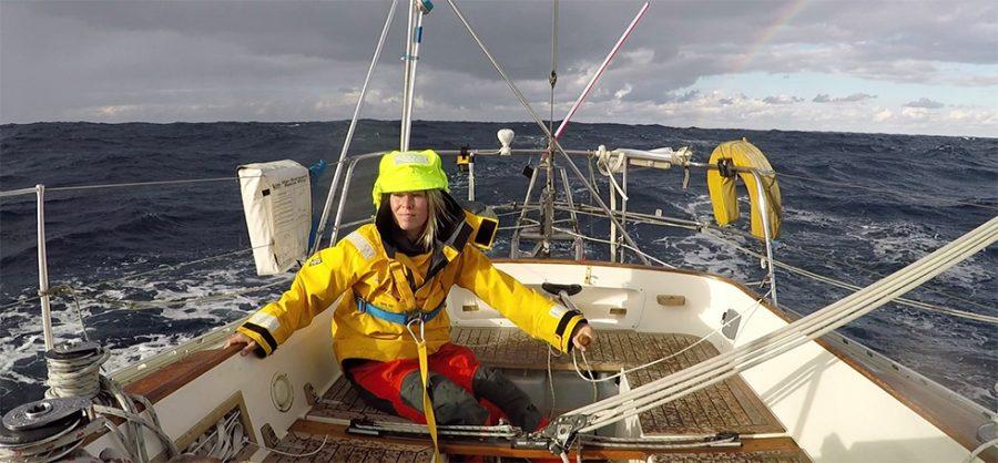 Susie Goodall participa en la regata Golden Globe Race.
