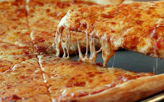 Pizzeria-Serves-Up-Marijuana-Infused-High-Pies