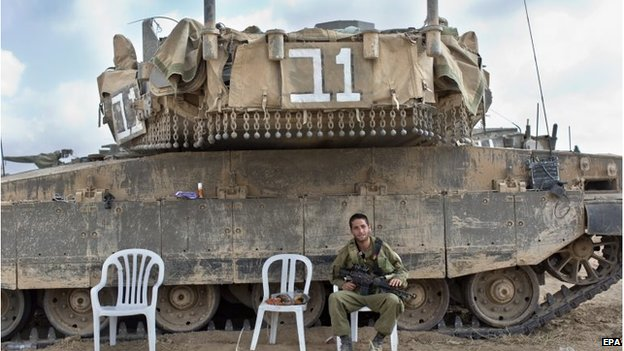 Israel had warned that its forces were prepared to retaliate if Gaza militants resumed rocket fire.