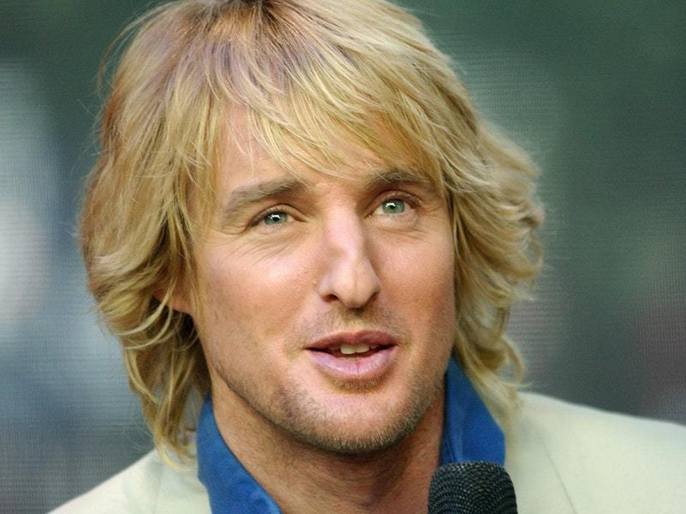 Thousands Gathering To Say Wow Like Owen Wilson At Event In