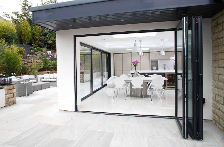 https www expressbifolds co uk our products bi folding doors xp10