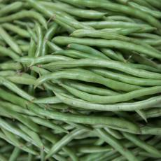 Close up of raw string beans.