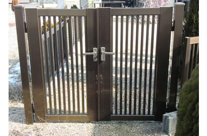 門扉「縦格子セット2型両開き」