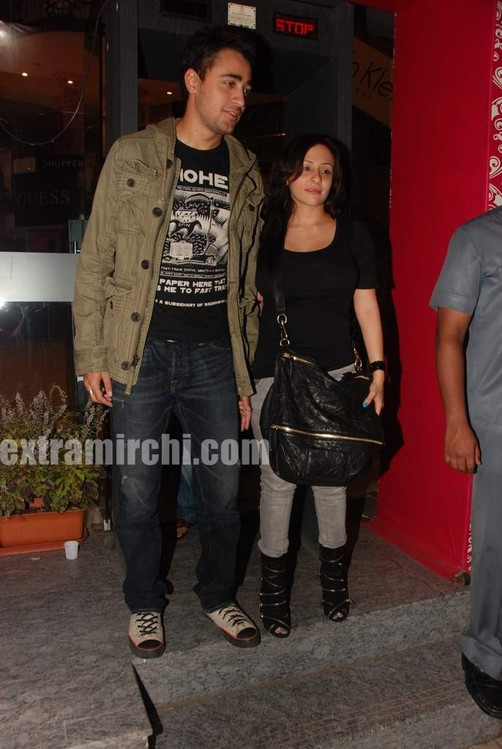 Imran-Khan-and-girlfriend-Avantika-Malik.jpg