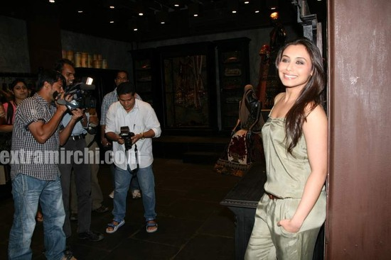 Rani-Mukerji-at-Sabyasachi-Store-Launch-8.jpg