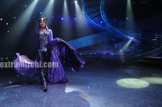 Aishwarya-Rai-in-Endhiran-the-robot-movie.jpg
