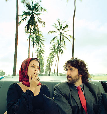 Aishwarya-Rai-and-Hrithik-in-Guzaarish.jpg
