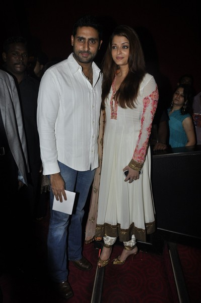 Robot-special-screening-in-Mumbai-4.jpg